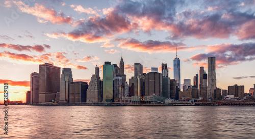 Foto op Aluminium Shanghai New York City at sunset