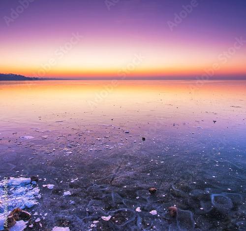 In de dag Ijsbeer Sunset over lake Balaton