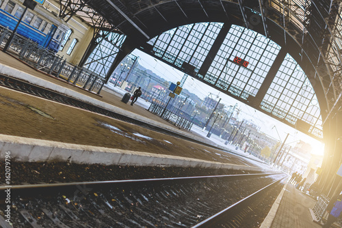 Foto auf AluDibond Bahnhof Lviv, Ukraine - October 22, 2016:The railway station in Lviv, Ukraine. The design is similar to the train station in Milan, Italy.Early morning. Soft focus. Toning