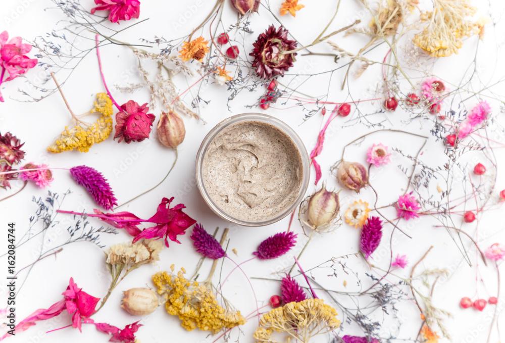 Fototapety, obrazy: Cream organic cosmetics with herbs