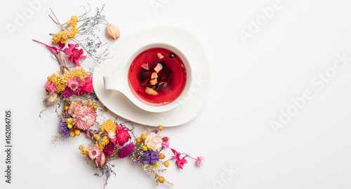 red fruit tea in made yuccie style