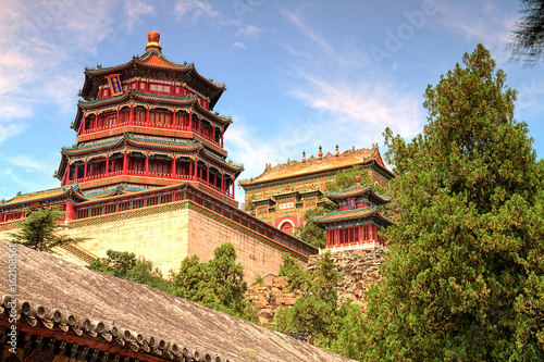 Photo Stands Beijing The Imperial Summer palace in Beijing, china. (HDR)