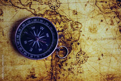 Obraz na płótnie compass and map