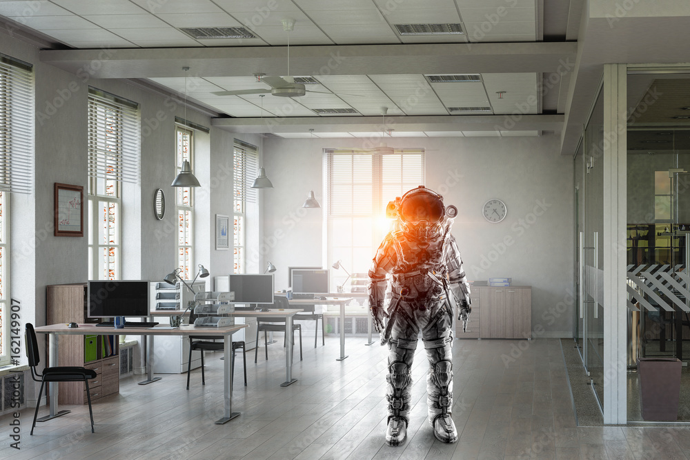 Fototapety, obrazy: Astronaut in space suit