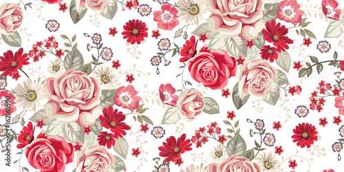 Photographie  Seamless pattern with pale roses and red flowers on white background