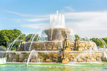 Buckingham Memorial Fountains ...