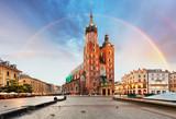 Fototapeta Tęcza - St. Mary's basilica in main square of Krakow with rainbow