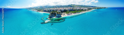 Obraz Tropea, Calabria. Panoramic aerail view of Santa Maria dell'Isola Monastery and wonderful coastline - fototapety do salonu