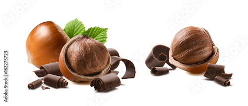 obraz PCV Hazelnut chocolate curls 2 isolated on white background