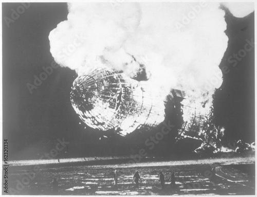 Hindenburg airship disaster  New Jersey  USA. Date: 13641 Canvas-taulu