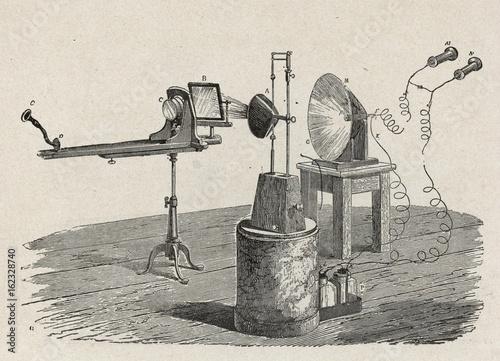 Fotografie, Obraz  Alexander Graham Bell's photophone  1880.. Date: 1880