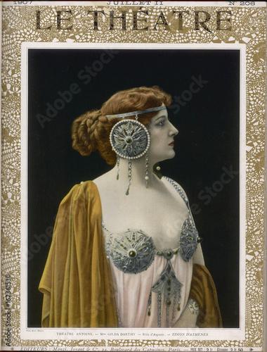 Photo  Gilda Darthy as Aspasia. Date: 1907