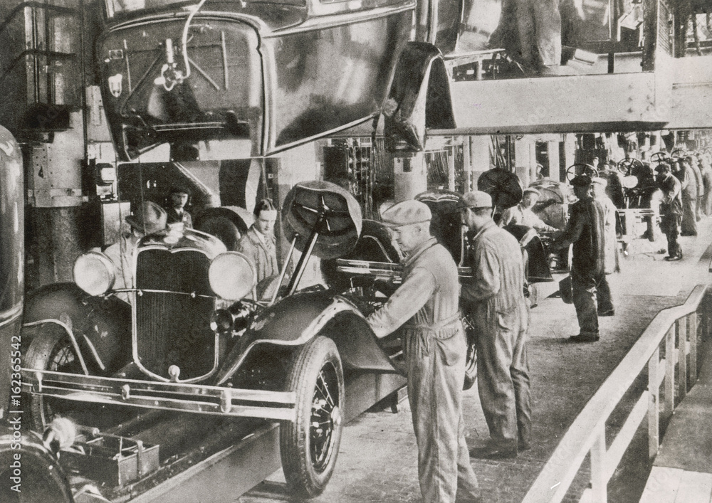 фотография  Ford Assembly Line 1929. Date: 1929
