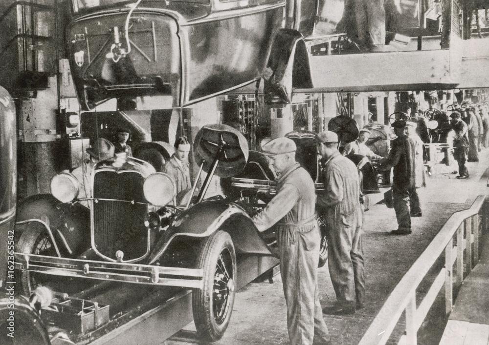 Ford Fließband 1929. Datum: 1929 Foto, Poster, Wandbilder bei ...