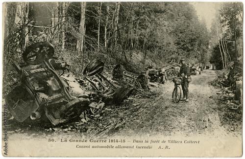 Fotografia 1914 - German Convoy Burnt. Date: 1914