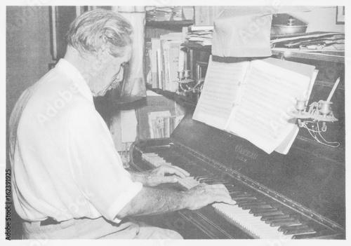 Fotografie, Obraz  Schweitzer - Postcard 1956. Date:  1875 - 1965