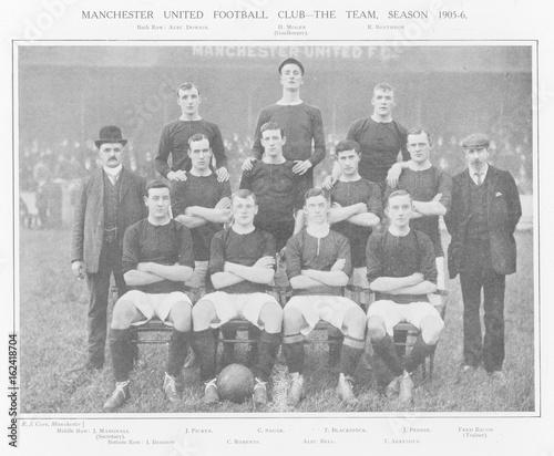 Manchester United Fc. Date: 1905 Wallpaper Mural