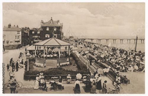 Fototapeta Deal Bandstand. Date: circa 1905 obraz na płótnie