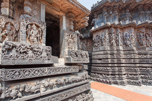Example of great Indian architecture in ancient temples of Halebidu