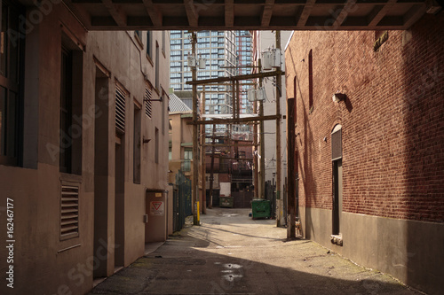 Photo  Photo of alley in Downtown Vancouver, BC