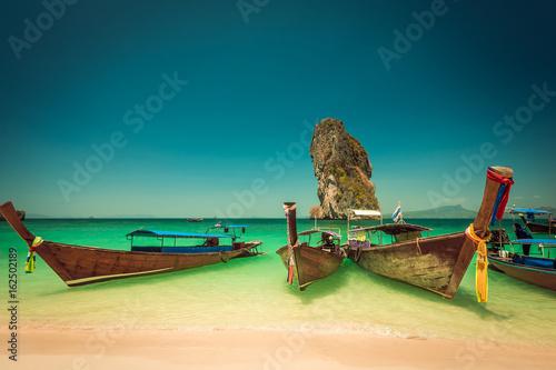Photo  Beautiful beach at Phi Phi island, Thailand