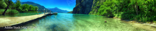 Fotobehang Pistache Pontile sul lago