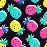 Wektorowy bezszwowy ananasowy owoc szalony kolorów wzór. Bardzo jasny kolorowy śliczny kreskówki tło (tapeta, tkanina). Dziecięcy styl, abstrakcyjny pop-art - 162538539