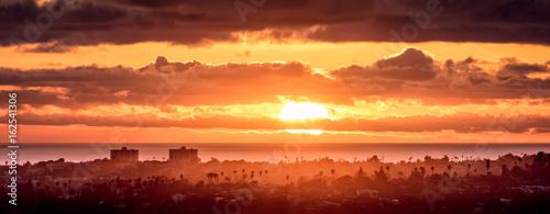 Obrazy na płótnie Canvas Santa Monica Sunset