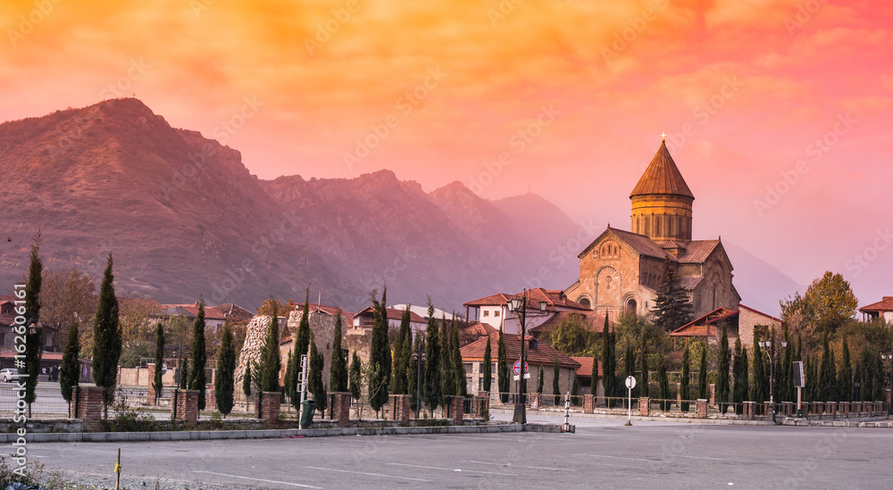 Fototapety, obrazy: amazing sunset view of Svetitskhoveli Cathedral and mountains in sunset, Mtskheta, Georgia