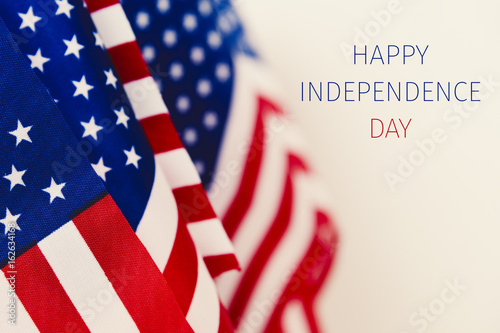 Fotografia  text happy independence day and american flags