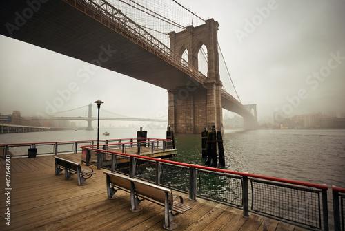 Obrazy na płótnie Canvas Brooklyn Bridge
