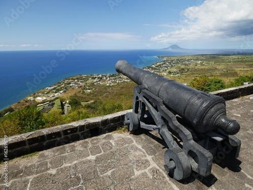Plakat Jeden z dział w Twierdzy Brimstone Hill w St. Kitts