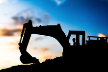 Silhouette Tracked Excavator S...