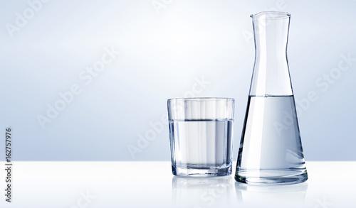 Wasserglas, Wasserkaraffe