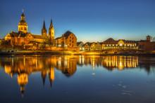 Seligenstadt Am Main Am Abend