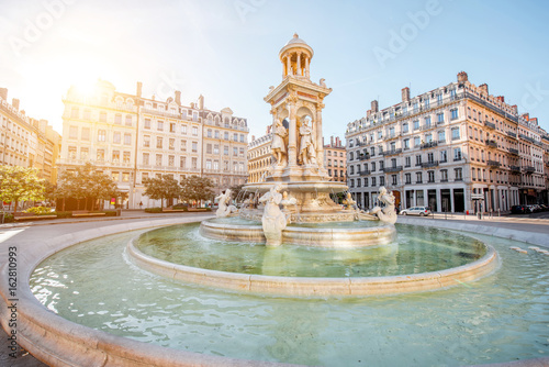 Fotografija Morning view on Jacobins square and beautiful fountain in Lyon city, France