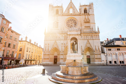 View on the saint Johns cathedral with the statue of Jesusd uring the sunrise in Fototapete