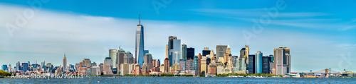 Photo  Skyline of Manhattan in New York City, USA
