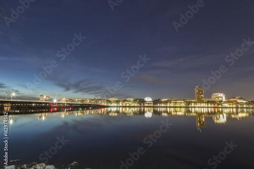 Foto auf AluDibond Stadt am Wasser Boston Skyline Night