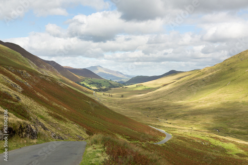 Deurstickers Asia land Newlands Pass in Lake District in England
