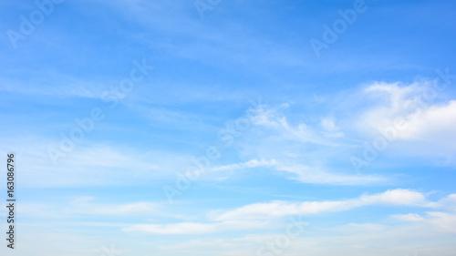 Aluminium Prints Heaven Blauer Himmel mit Wolken
