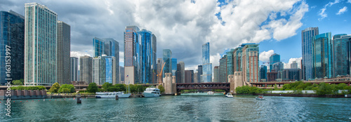 La pose en embrasure Chicago Chicago Skyline