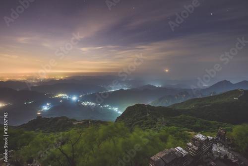 Fotobehang Chinese Muur Great Wall of China at night