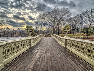 Fototapeta na wymiar Bow bridge Central Park