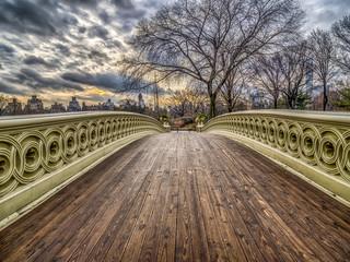 Fototapeta samoprzylepna Bow bridge Central Park