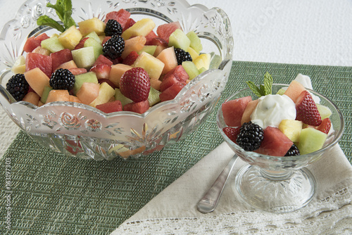 Fruit bowl with individual serving