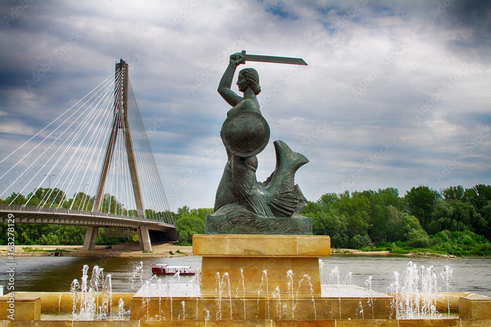 Obraz Monument to the Syrenka in Warsaw fototapeta, plakat