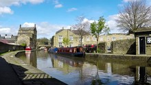 View Of Skipton And The Leeds ...