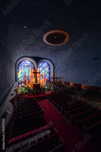 Fotografie, Obraz  Stained Glass Window and Chandelier - Abandoned Hebrew Jewish Synagogue - New Yo