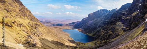 Obraz na płótnie Panoramic view of Toll an Lochain corrie encircled by An Teallach and Corrag Buidhe